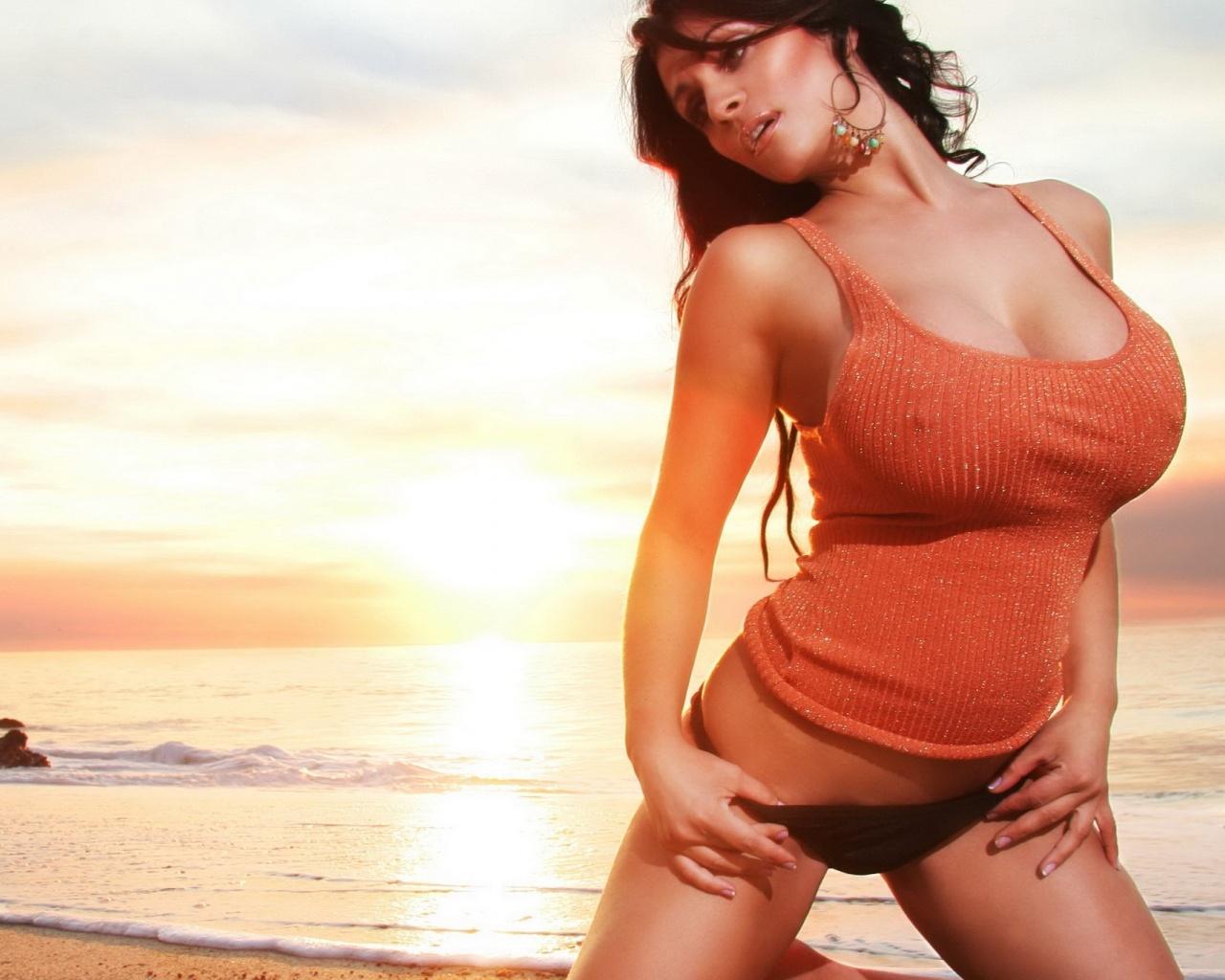 Супер кросотки на пляже 17 фотография